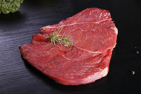 牛林肉图片