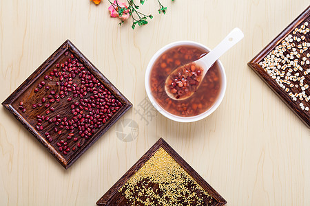 红豆薏米粥图片