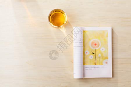 一桌一书一茶图片