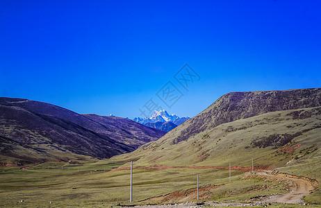 川藏线雪山图片
