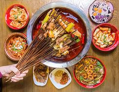 美味麻辣的串串火锅图片