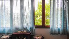 复古温馨中式客厅茶室图片