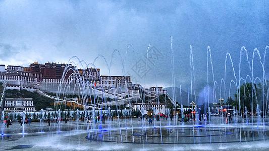 布达拉宫音乐喷泉图片