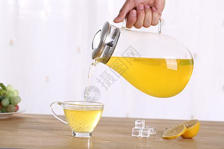 玻璃茶壶柠檬水图片