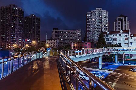 城市夜晚天桥建筑图片