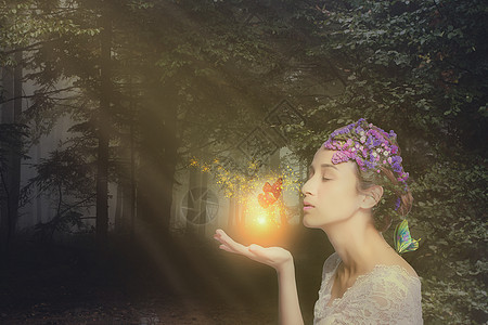 森林的蝴蝶少女图片