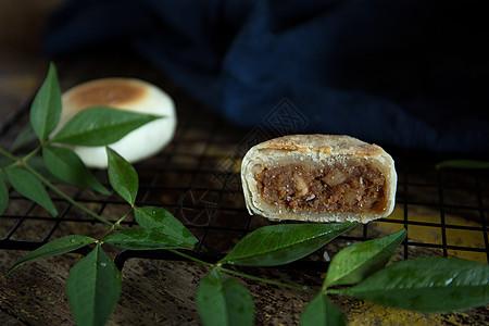 苏式肉丝馅月饼图片
