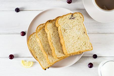 面包咖啡牛奶早餐图片