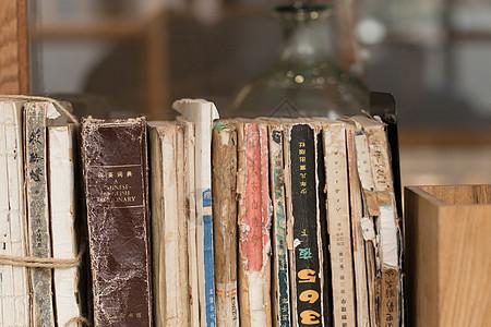 破旧的古书典籍书籍图片