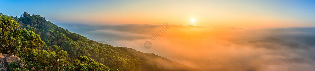 海上日出与云海图片