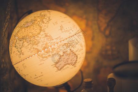 地球仪台灯图片