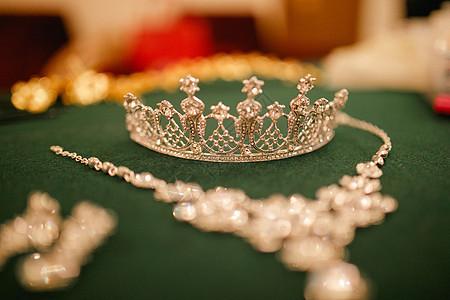 新娘皇冠配饰图片