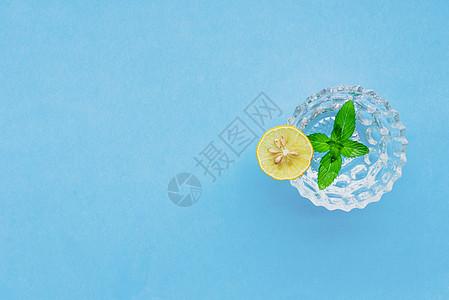 柠檬薄荷水图片