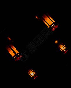 黑暗中的灯图片