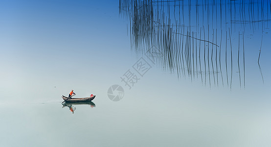 一人一船一世界图片