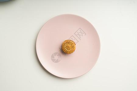 美味月饼摆拍图图片