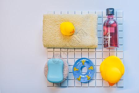 居家卫浴小黄鸭图片