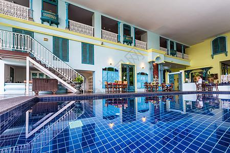 酒店室内游泳池图片