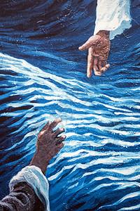 涂鸦艺术画的距离握手图片