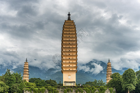 云南大理三塔图片