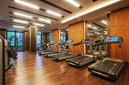 酒店健身房图片