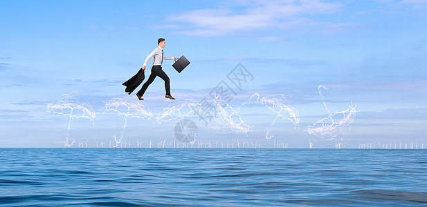 水面上的男人图片
