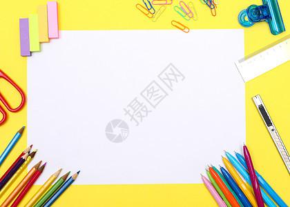 办公文具桌面创意造型摄影图片