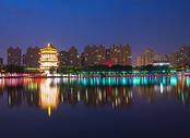 西安大唐芙蓉园夜景图片