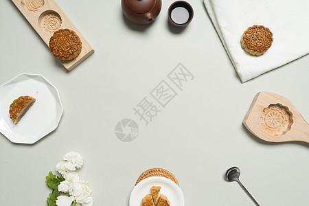 月饼与茶摆拍图图片