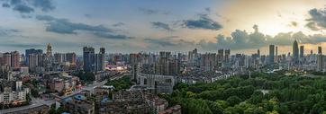 武汉城市高楼全景图片