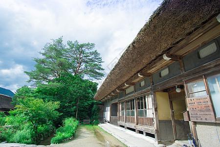 日本白川乡纠结的夏日图片