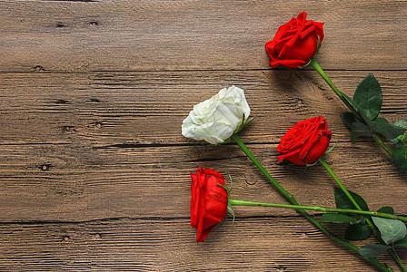 木纹背景七夕情人节红玫瑰静物素材图片