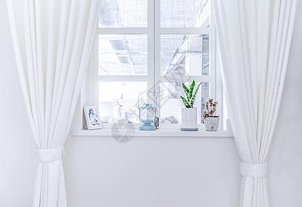 白色居家窗户窗帘图片