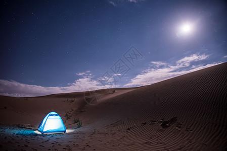 沙漠的夜晚图片