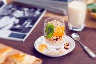 水果麦片营养早餐图片