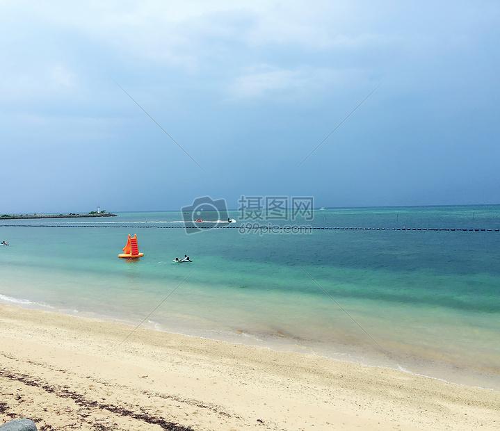 静静的海滩图片