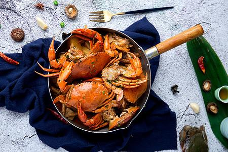肉蟹煲图片