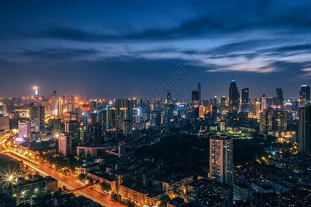 武汉金融街黄昏夜景图片
