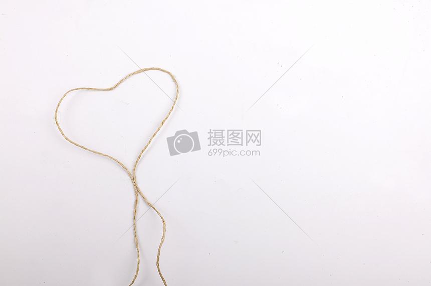 绳子线条爱心图片