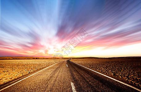 唯美的高速公路图片
