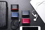 手机充电设备图片
