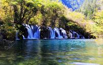 九寨沟的瀑布图片