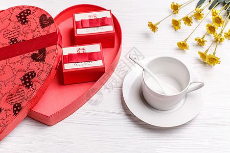 爱心礼盒喜糖图片