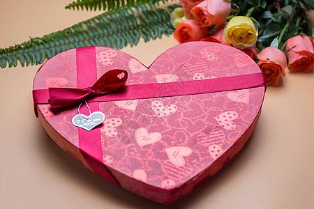 七夕节的心形浪漫礼物图片