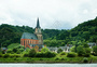 欧洲的河岸风景图片