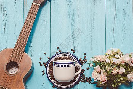 咖啡豆创意摆放图片