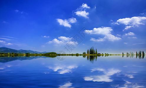 安逸宁静的湖光山水图片