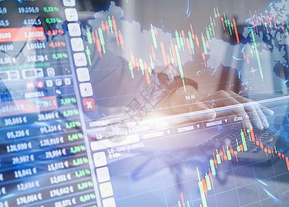 商业人士分析数据图片