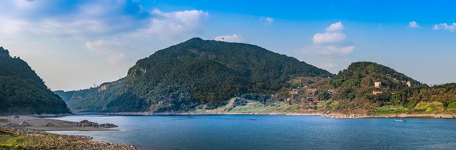 嘉陵江畔图片