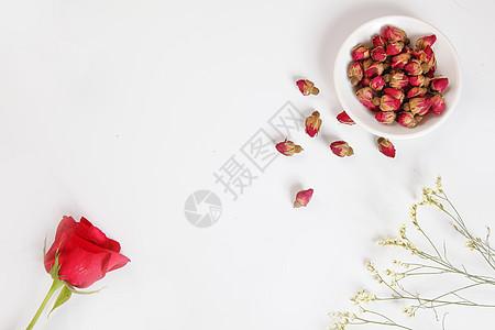 桌面上的玫瑰花图片